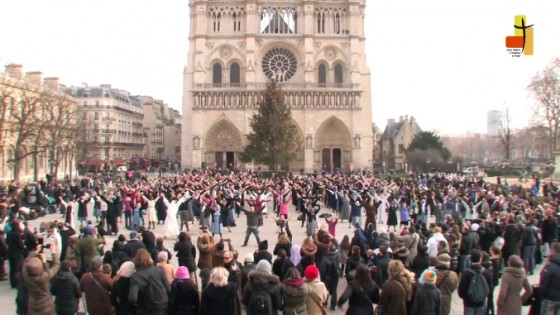 Flash-mob Notre-Dame